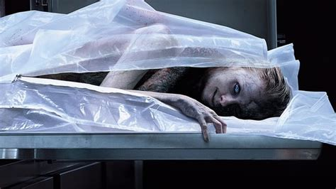 The possession of Hannah Grace - Movie - Crave 1 - illico